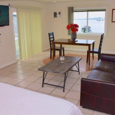 Living Room 2 Longliner Hotel In Sitka